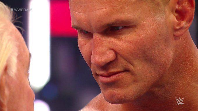 Raw में दिखा रैंडी ऑर्टन का खतरनाक रूप