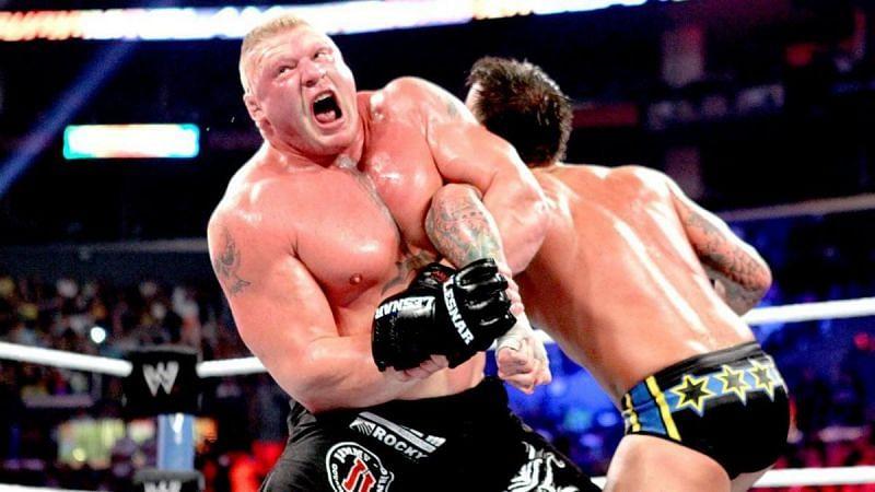 SummerSlam में हुआ था ब्रॉक लैसनर और सीएम पंक का मैच