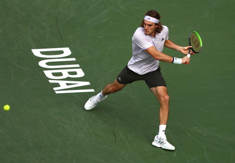 Can Stefanos Tsitsipas take the advantage of Roger Federer and Rafael Nadal