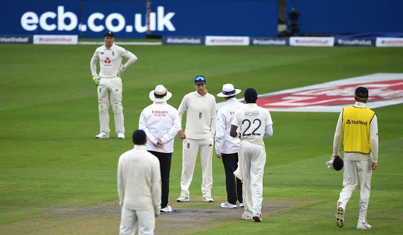England v Pakistan: Day 1 - First Test