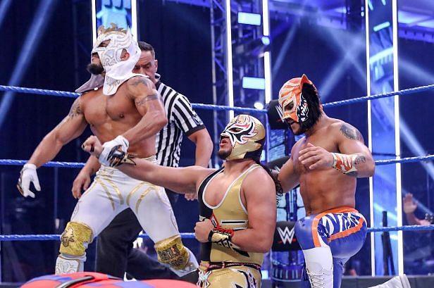 WWE SmackDown में की पूर्व चैंपियन ने की वापसी
