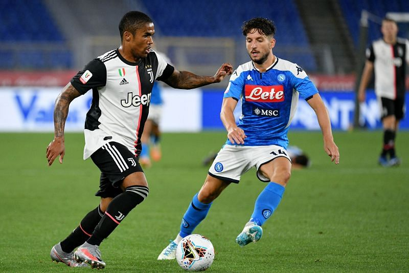 Douglas Costa (left) in action
