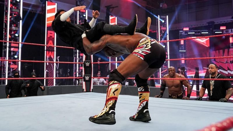 WWE Raw में 24*7 चैंपियनशिप के लिए हुआ ट्रिपल थ्रेट मैच
