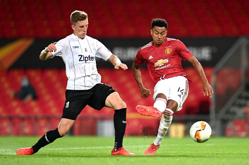 Jesse Lingard (right)