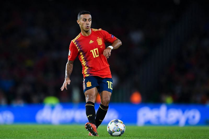 Thiago in action for Spain
