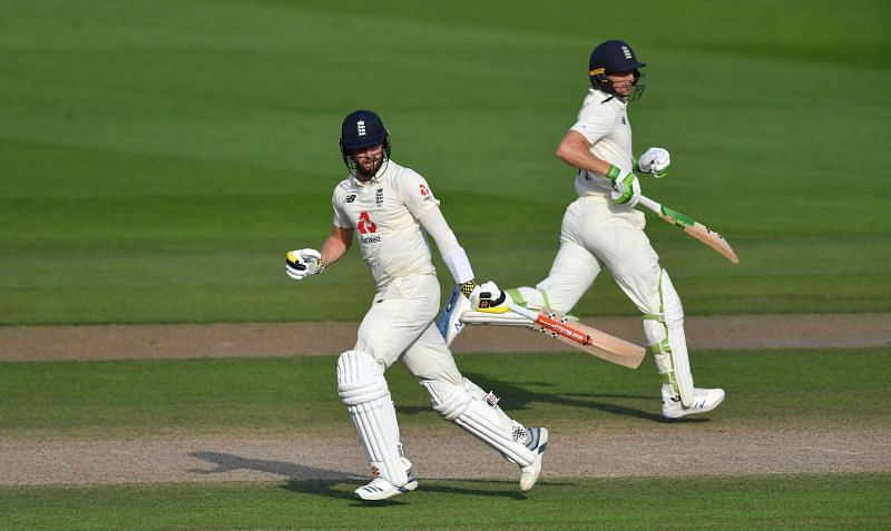 Jos Buttler and Chris Woakes (L) snatched victory from the jaws of defeat against Pakistan