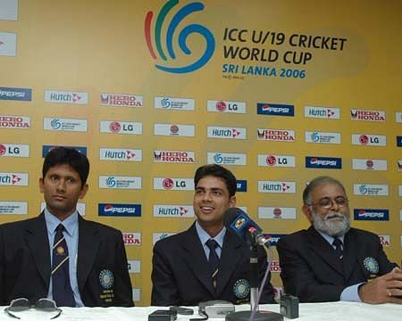 Ravikant Shukla (centre) could never made it big in the cricket world.