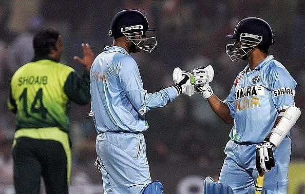 The Pakistan attack including Shoaib Akhtar was taken to the cleaners by Sachin Tendulkar