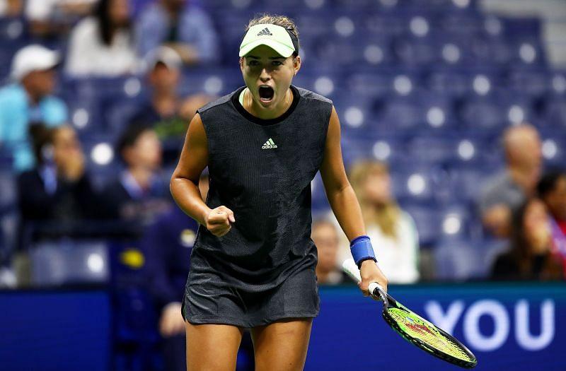 Anna Kalinskaya has a fiery game