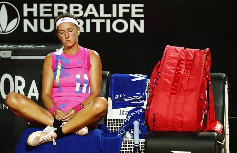 Victoria Azarenka blew Sofia Kenin off the court