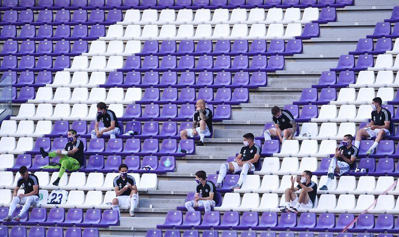 Real Valladolid CF - Social Distancing