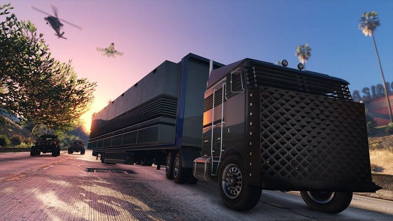 The Mobile Operations Center can be bought for 2,790,000 or $1,225,000 (Trade Price) from Warstock Cache and Carry (Image Credits: ItzFrolickz, YouTube)