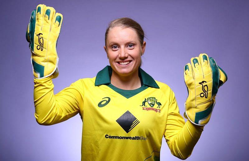 Alyssa Healy has surpassed MS Dhoni with 92 T20 dismissals (courtesy: cricket.com.au)