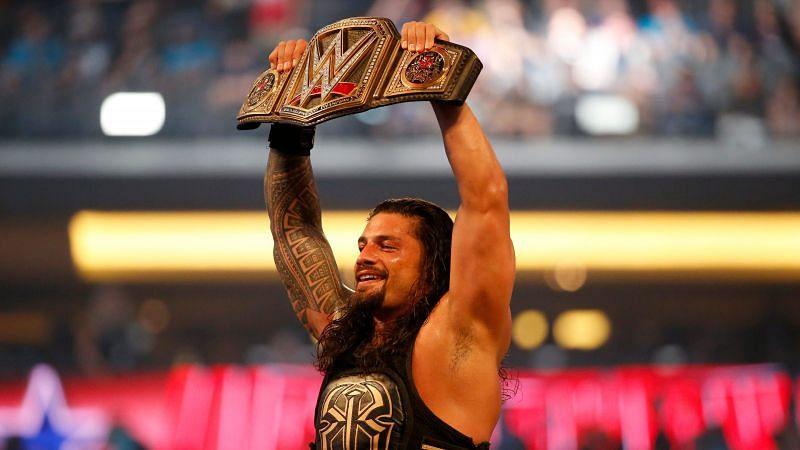 WWE चैंपियन रोमन रेंस