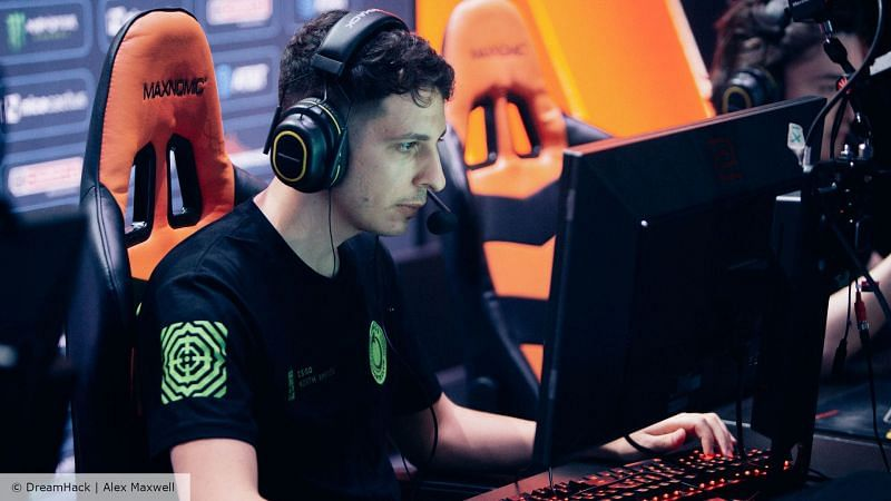 Steel retires from CS: GO (Image Credits: The Loadout)
