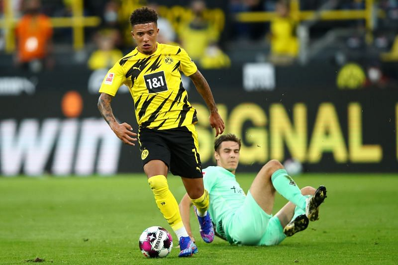 Borussia Dortmund patience to be tested with final bid from Manchester United