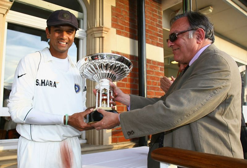 Tiger Pataudi with Rahul Dravid.