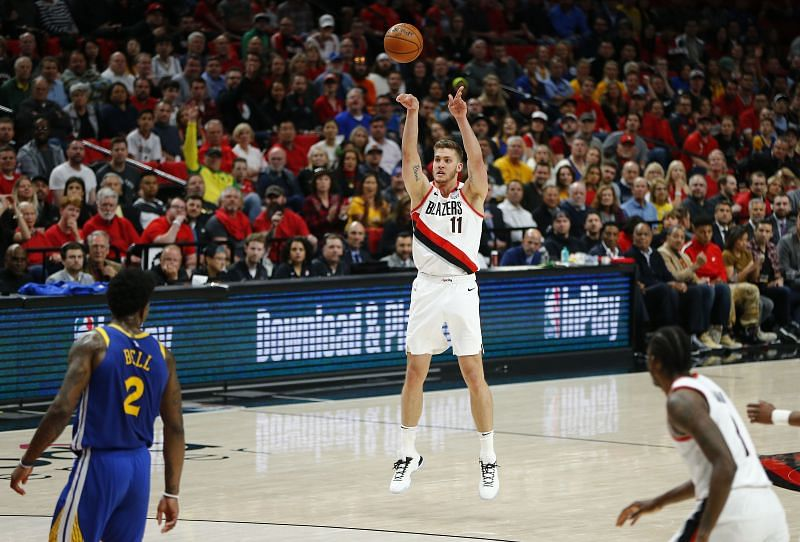 Meyers Leonard got the start in Game 4 of the NBA WC Finals and went off.