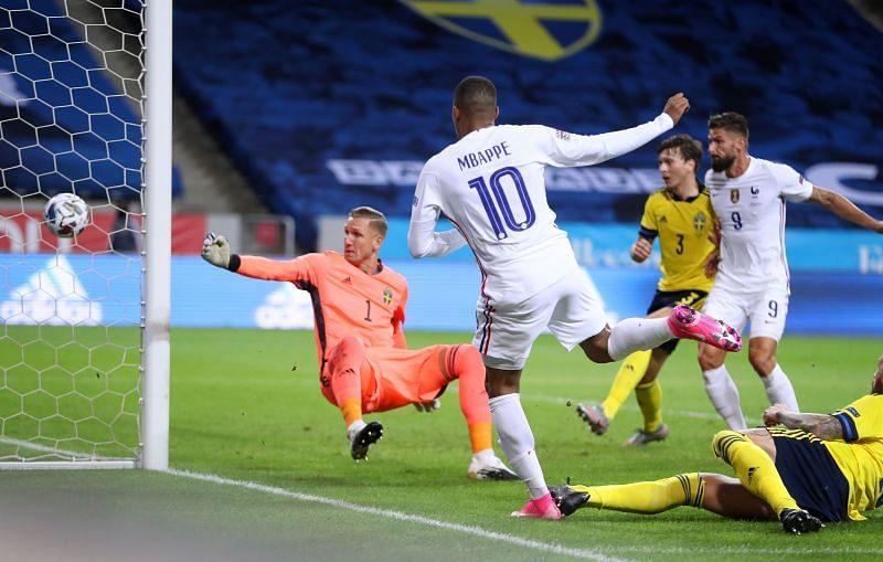 Kylian Mbappe scores France