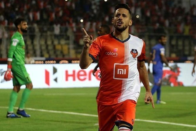Coro celebrating a goal for FC Goa.