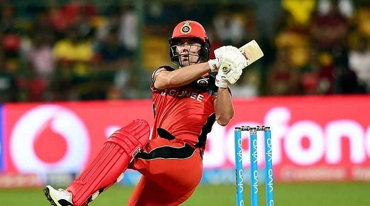 Aakash Chopra wants AB de Villiers to perform wicketkeeping duties for RCB