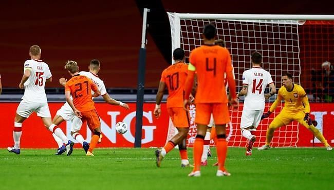 Poland goalkeeper Wojciech Szczesny and Netherlands shot-stopper Jasper Cillessen both came good on Friday night