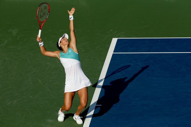 Caroline Garcia will pose a tough challenge to Karolina Pliskova