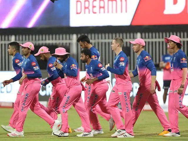 Brad Hogg is also of the opinion that the Rajasthan Royals will go into the game against KKR high on confidence