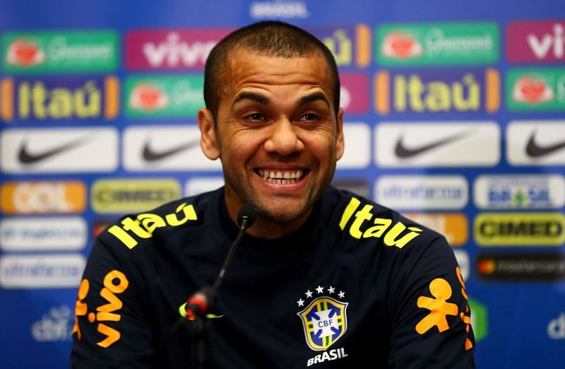 Dani Alves during a Brazil press conference