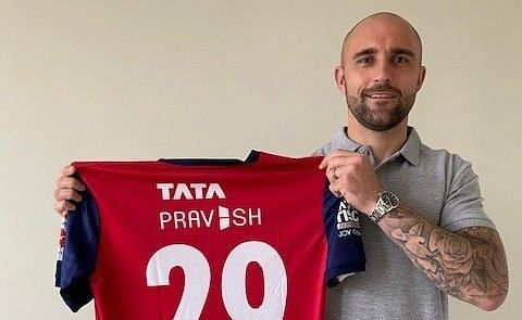 Peter Hartley will don the No.29 shirt for Jamshedpur FC.