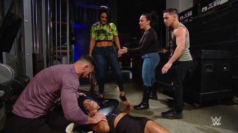 Bayley attacked Sasha Banks on SmackDown last night