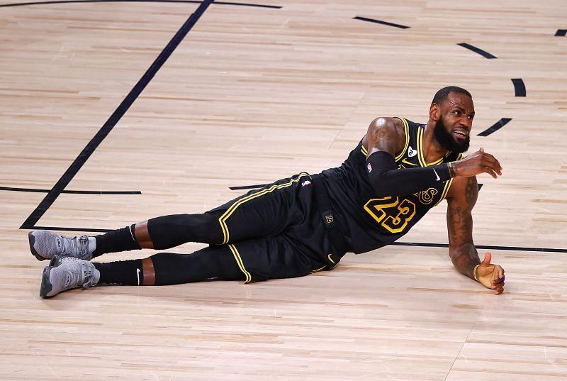 Denver Nuggets v LA Lakers - Game Two