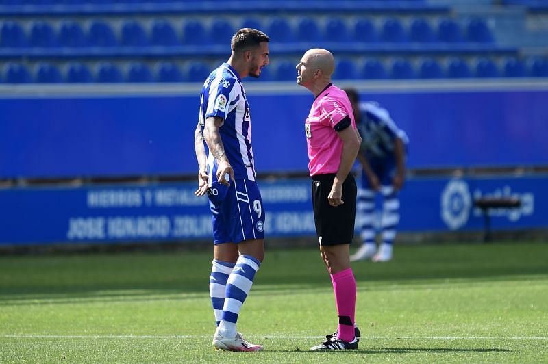 Alaves rely heavily on Joselu
