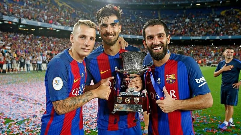 Arda Turan (right) was one of several players who found out that moving to Barcelona doesn
