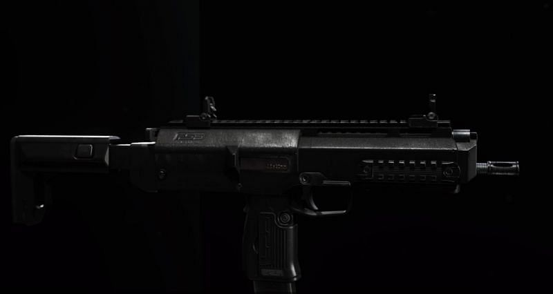 Ideally, the MP7 should be a weapon that is paired, rather than given a primary slot (Image Credit: Dot Esports)