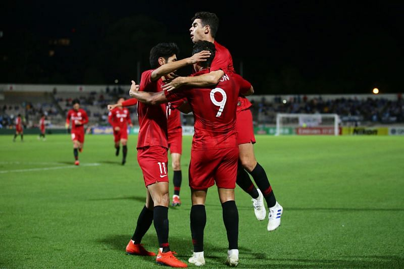 Shanghai SIPG will play Qingdao Huanghai on Thursday