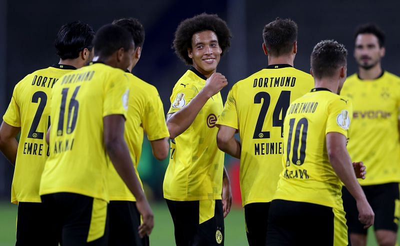 Borussia Dortmund will face Borussia Monchengladbach on Saturday