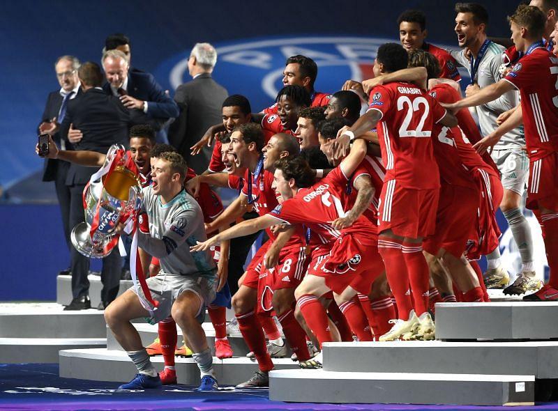 Manuel Neuer, captain of FC Bayern Munich, prepares to lift the 2019-20 UEFA Champions League trophy.