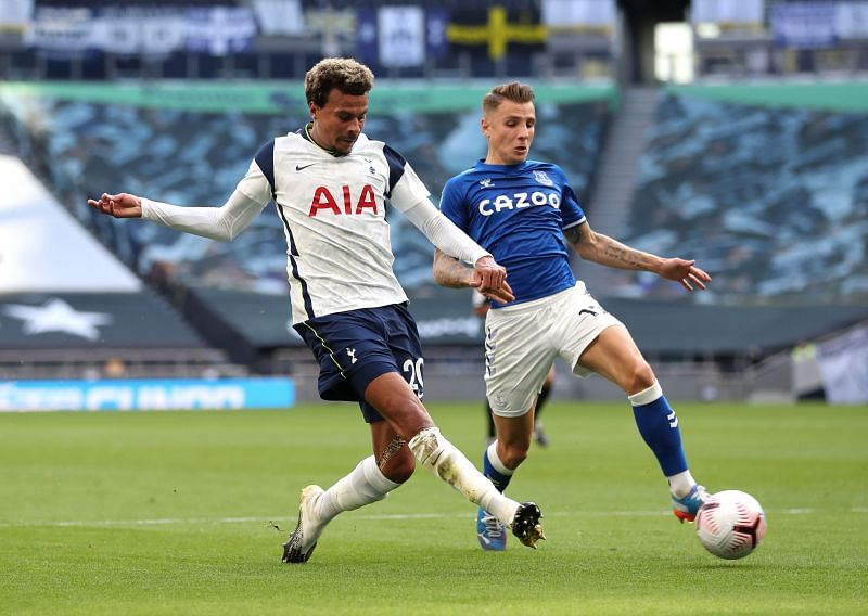 Alli in action for Spurs