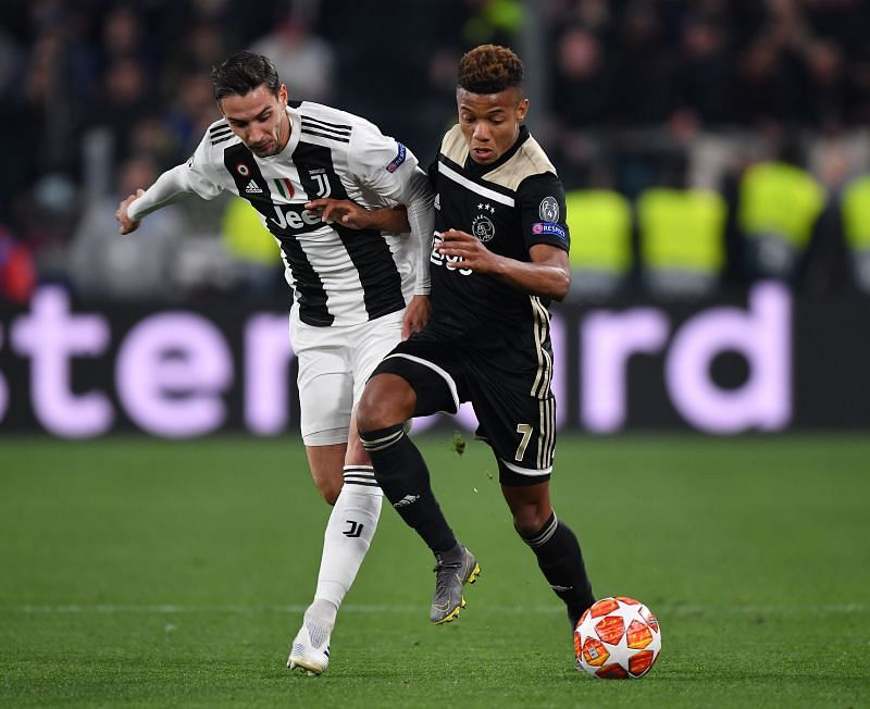 Mattia de Sciglio could be on his way out of Juventus.