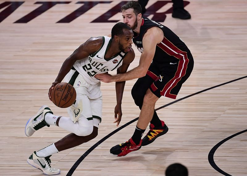 Khris Middleton was on fire for the Milwaukee Bucks in Game 4