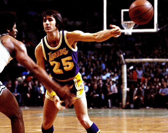 Gail Goodrich in the 1970s for the LA Lakers [Credits: Lakers Nation]