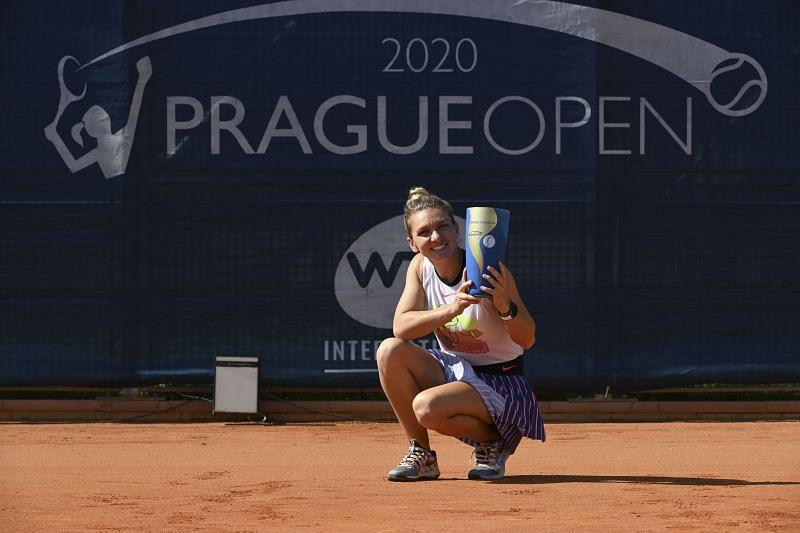 Simona Halep with the Prague Open trophy