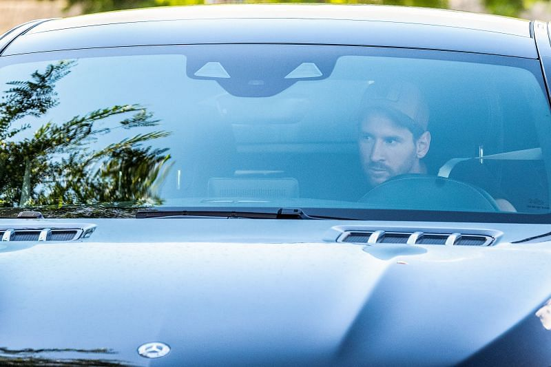 Lionel Messi finally arrived for Barcelona training after putting an end to his contract saga