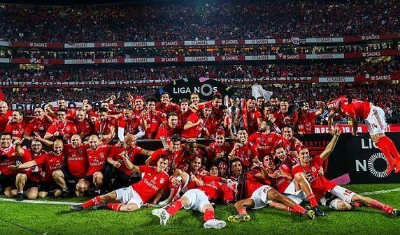 Benfica celebrate their 37th Portuguese Primera Liga win.