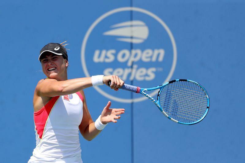 Rebecca Peterson has not lost to Yulia Putintseva on tour so far