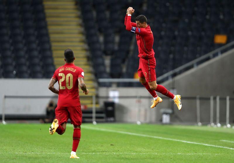 क्रिस्टियानो रोनाल्डो ने दागा 100वां अंतरराष्ट्रीय गोल