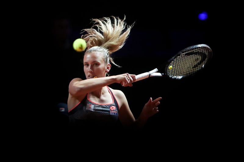 Elise Mertens tamed Amanda Anisimova in the first round.