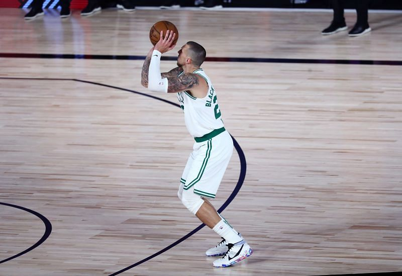 Daniel Theis is not a starting-caliber player on a Championship team