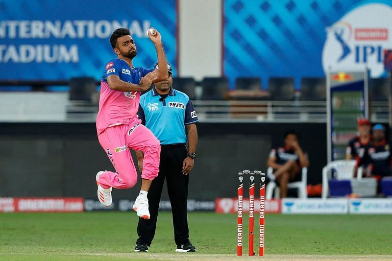 Jaydev Unadkat bowled the crucial 19th over for RR against RCB [P/C: iplt20.com]